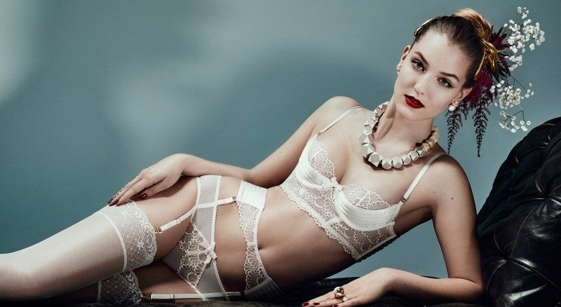 Luxury-bondage-lingerie-sensu-cream-bridal-800x598